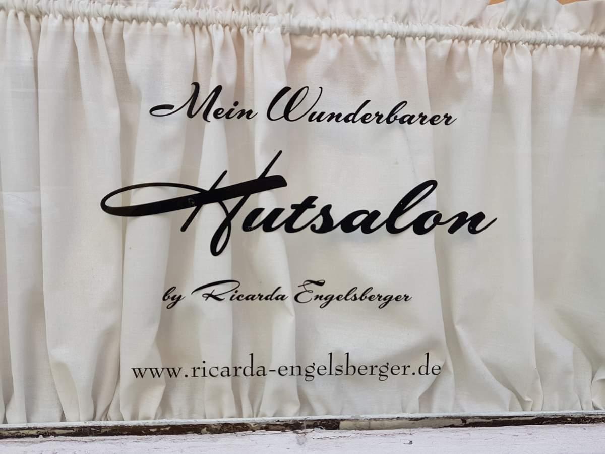 """Zu Besuch bei """"Mein Wunderbarer Hutsalon"""""""